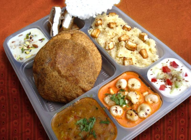 Navratri Thali – 1200 Calories For Weight Loss